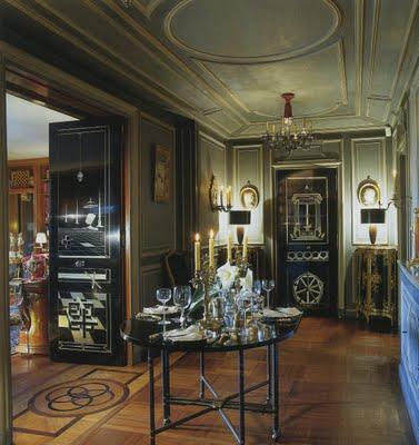 Entrée de Pierre et Suzy Delbée à Paris, Côme Remy pour Christie's Monaco dec. 1999